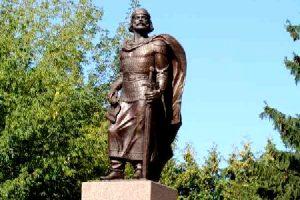 памятник великому правителю смоленскому